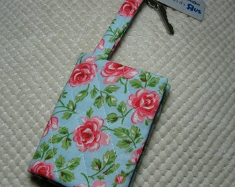 quilted fabric wallet/gift card holder/credit card organizer/business card case:  coral roses on aqua