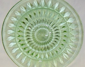 Jeannette Depression Glass Green WINDSOR DIAMOND 9 Inch Round Dinner Plate