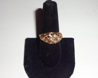 vintage gold tone avon ring*