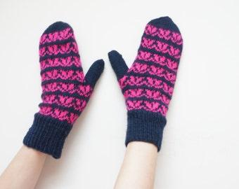 Hand knit knitted glove mittens black navy blue pink M size 8 7 for woman children kids handmade flowers Scandinavian ready to ship under 20