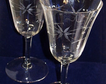 Wedding Glasses Anniversary Special Occasion Vintage Wine Etched Flowers 2 Bridal Toasting Glasses FREE SHIPPING