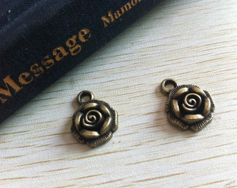 20pieces 18mmx14mm Flower Charm -  antique bronze charm pendant  Jewelry Findings