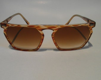 Vintage Translucent Brown Horn Hexagonal Frame Sunglasses