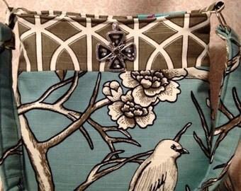Gorgeous Robert Allen Fabric purse, The Birds,