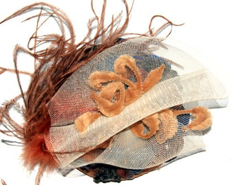 Small hat fascinator color Camel