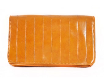 Vintage 70's Caramel Brown Tan Vinyl Clutch Purse