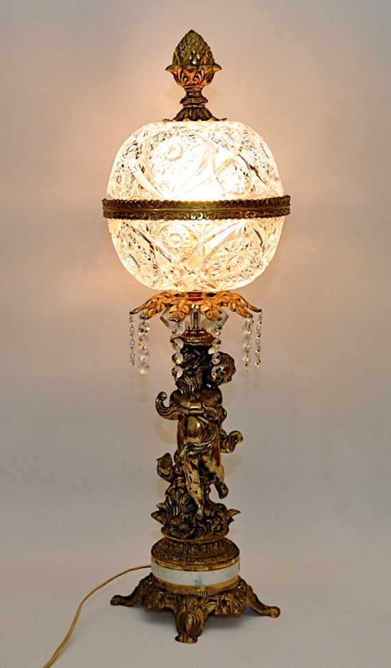 Neo Classic Table Lamp