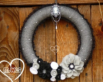 Gothic Yarn Wreath, Lolita Victorian, Black and Grey, Gothic Home Decor, Home Gift