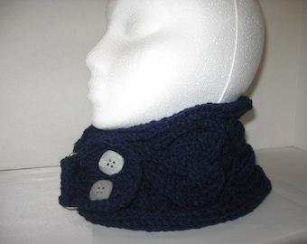 Hand  knitted neckwarmer