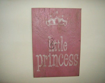 Shabby chic and distressed Little Princess sign/Pink/Crown/Little girls room