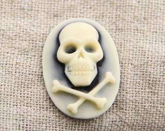 6pcs of resin skull with bone cameo-18x25mm-rc0233