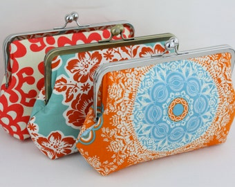 Design Your Own Wedding Clutches / Bridesmaid Clutches (Agnes Style Clutch) - over 400 fabulous fabrics to choose from - Set of 4