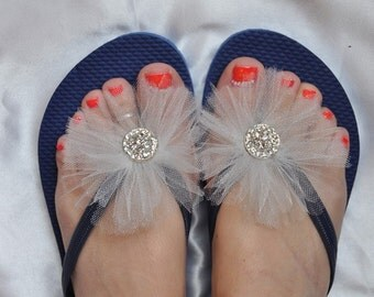 Free USA Shipping! Custom Wedding RHINESTONE Flip Flops, BRIDESMAID Flip Flops, Simple & Elegant Bling Tulle, Bridal Gift, Beach Wedding