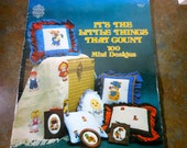 """Cross Stitch Book """"It's The Little Things That Count, 100 Mini Designs"""" By Gloria and Pat-1980"""