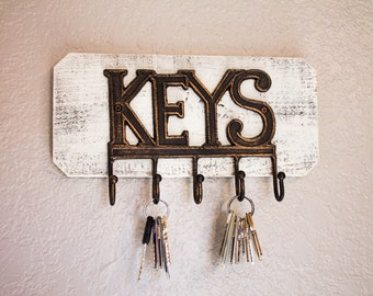 Key Hooks on Reclaimed Wood Board