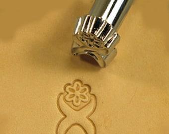 D616 Border Leather Stamp 6616-00