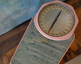 Fab Vintage Mid Century Counselor Scale