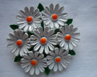 Vintage Unsigned Ring of Daisies Brooch/Pin