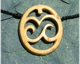 Island in the sun, carved coconut necklace