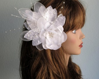 White Bridal Flower Hair Clip Wedding Accessory  Feathers Party Fascinator