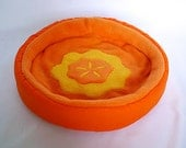 """cosy cuddle cup / bed """"carrot"""" for guinea pigs or hedgehogs"""