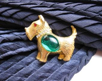 1930s Scotty Dog Brooch/ Pin, Emerald Crystal Gem Belly w. a Rhinestone Collar, NY USA.