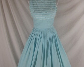 Vintage 50s 60s Blue Cotton n Lace Full Skirt Party Dress W22