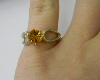 Sterling Silver 925 Amber Stone, Ring is size 6.25 #5595