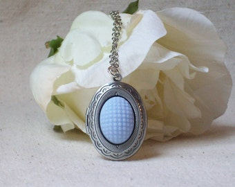 Blue Vintage locket necklace,Photo locket necklace,Blue locket,Shabby chic jewelry, Unique gift for her,Quality jewelry,Stocking stuffer