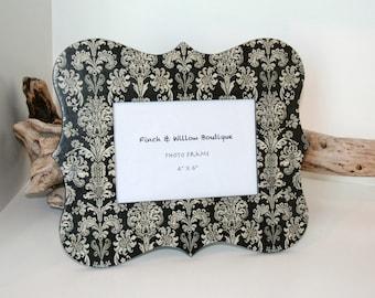 Black and white Damask Picture frame, 4 x 6 Photo frame, Decoupage Frame, Fleur de lis decor