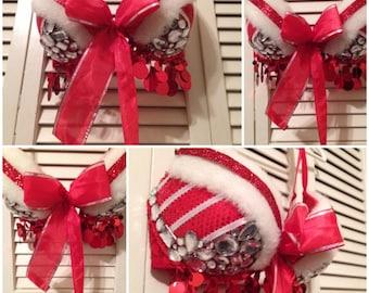 36C Christmas/mrs Claus/holiday rave/gogo/burlesque bra