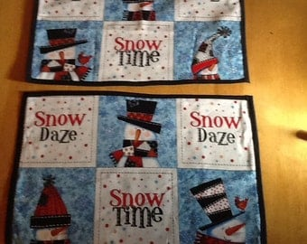 Snowman snow daze/snow time   place mats or place settings  (place setting or doyle for favorite center piece.