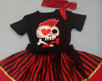 BLACK and RED Pirate Outfit .4 Pieces  . 3 t . 4 t .5 t.