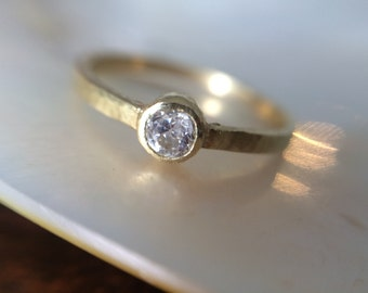 18kt gold rustic hammered gold engagement ring- simple recycled gold engagement Ring- Conflict Free Diamond Engagement Ring