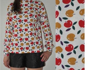 19 dollar__ SALE___Vintage White Apple Long Sleeves Turtleneck Blouse