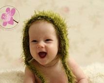 knit grass bonnet, faux grass bonnet, fuzzy bonnet, green bonnet, newborn photo prop, photography prop, newborn bonnet, baby bonnet, autumn