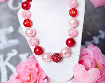 Valentine Shades of Red, Chunky Valentine Necklace, Chunky Kids Necklace, Chunky Bead Necklace,