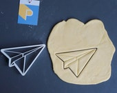Origami paper plane cookie cutter, 3D printed