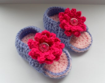 Crossover crochet baby sandals. Lilac and pink sandals. Baby girl,  0-3 months, crochet baby, crib shoes, crochet baby shoes