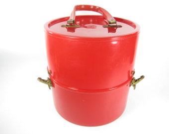 Retro Bright Red Hat box, Vintage luggage, Groovy, 1970s Suitcase, Round suitcase, Travel Bag, Bag, vinta, pink