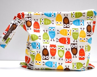 Choose Your Size - Regular or Large Wet Bag with Zipper Closure and Snap Open Strap - Michael Miller Bermuda Owl