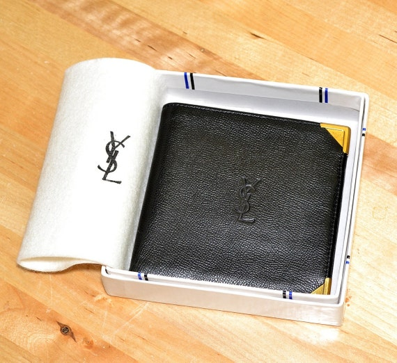 yves saint laurent belle de jour patent-leather clutch - Sale Off 20% YVES SAINT LAURENT Vintage Black by MySunnyStore