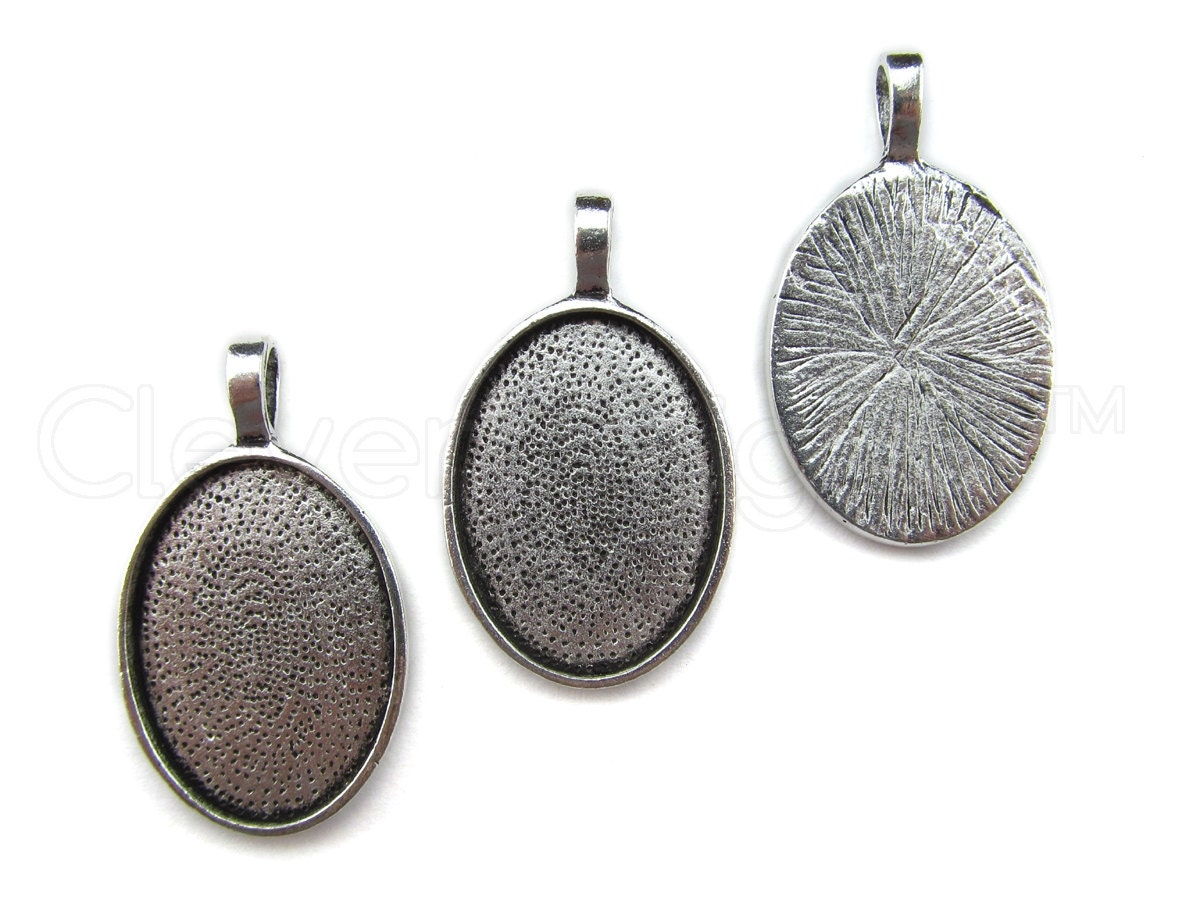 20 pendant trays 18x25mm antique silver oval trays