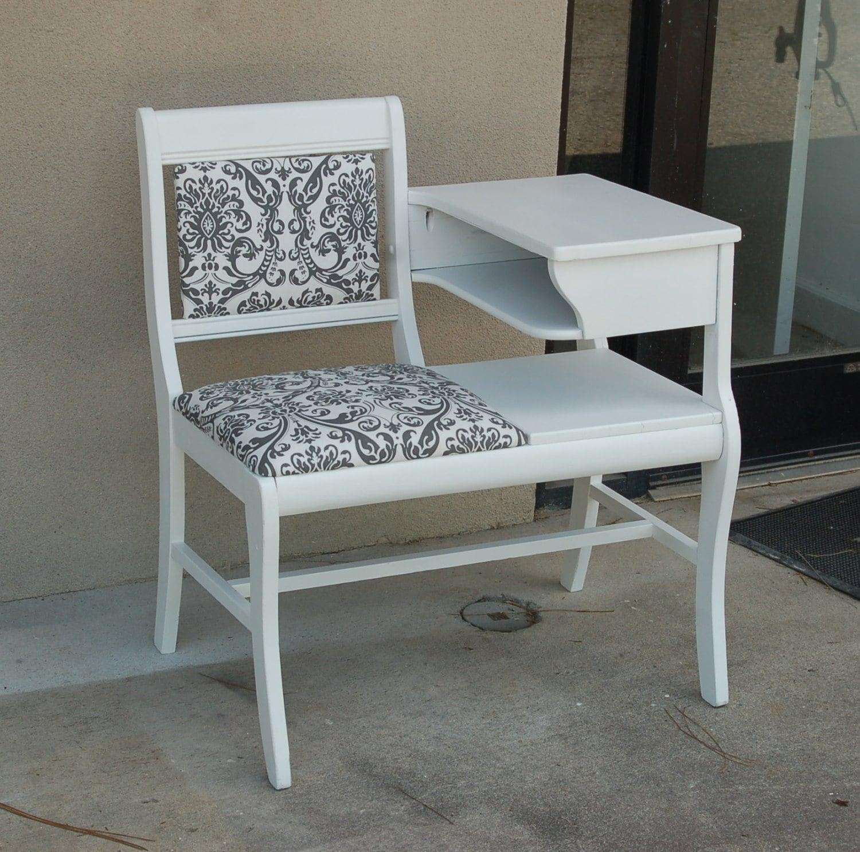 Vintage Gossip Bench Phone Chair