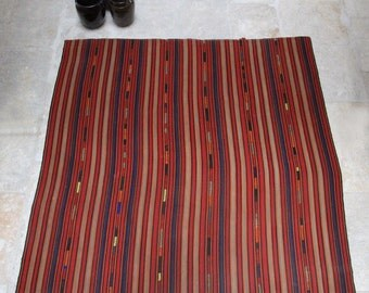 Square Kilim in Red Stripes - Vintage - Turkish rug - throw - blanket - bedcover - 186x180cm - 73x70inch