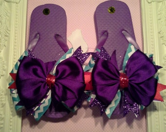 Children Flip Flops with Bows- Choose your colors and Size for your Child. Any color Combo or theme color