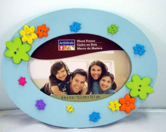 Sky Blue Oval Picture Frame w/Button Flowers