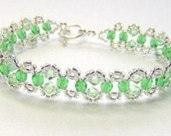 Green crystal bracelet, green and silver, elegant bracelet, spring bracelet, summer bracelet, beaded bracelet, beadwoven bracelet, BR001