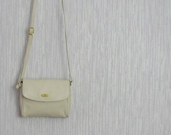 Vintage small crossbody purse White Ivory bag Vintage bag 80s Gift For Ladies