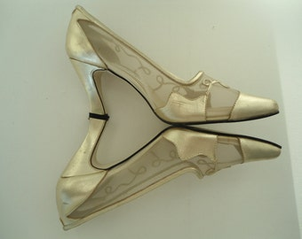 Gold Glamour Evening Shoes Mesh Sides High Heels 80s